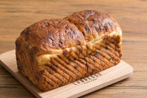 大江ノ郷自然牧場 チーズ食パン