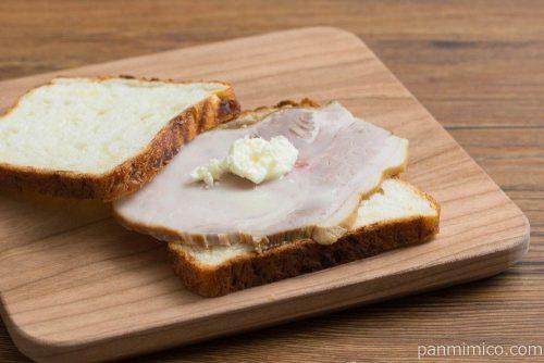 大江ノ郷自然牧場 チーズ食パン サンドイッチ