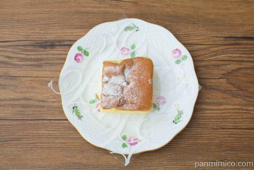 生パウン -生パウンドケーキ-【ローソン】上から見た図