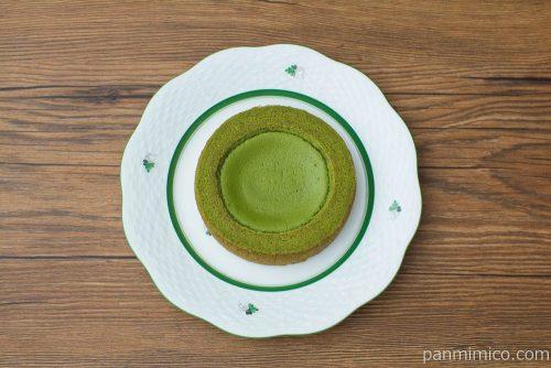 旨み抹茶チーズケーキのバウム【ファミリーマート】上から見た図