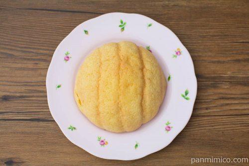 塩バターメロンパン【ヤマザキ】上から見た図