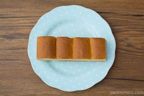 大人の味わい牛乳パン 完熟バナナ&ココナッツ【Pasco】上から見た図