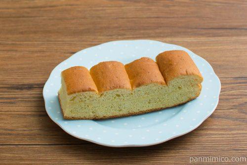 大人の味わい牛乳パン 完熟バナナ&ココナッツ【Pasco】横から見た図