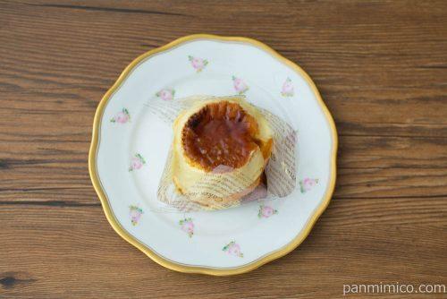 ブリュレパンケーキ【ファミリーマート】上から見た図