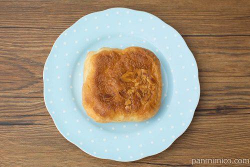 キャラメルアーモンドデニッシュ【第一パン】上から見た図