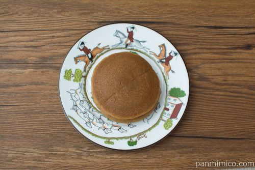ふんわりパンケーキ白バラコーヒー&ミルク(2)【フジパン】上から見た図