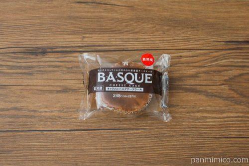 キャラメルバスクチーズケーキ【セブンイレブン】パッケージ