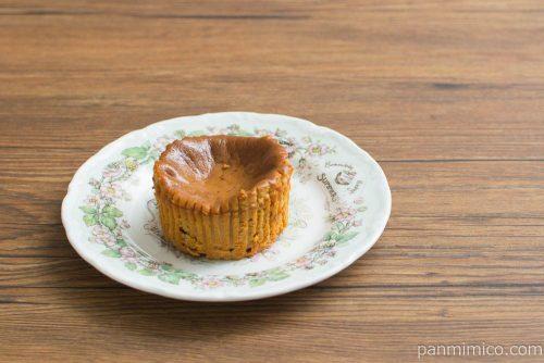 キャラメルバスクチーズケーキ【セブンイレブン】横から見た図