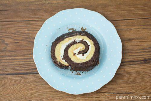 チョコバナナの厚切りロール【ヤマザキ】上から見た図