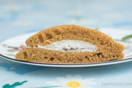 黒糖パンケーキ パインジャム&ホイップ【Pasco】断面図