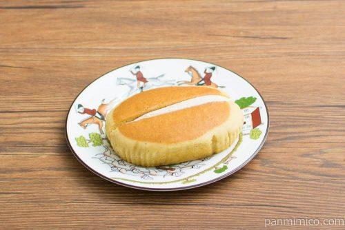 スイートマロン蒸しケーキ【ヤマザキ】横から見た図