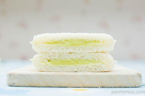 「鬼滅の刃」ランチパック 炭治郎のメロンクリームと禰豆子のいちごクリーム【ローソン】メロンクリーム断面図