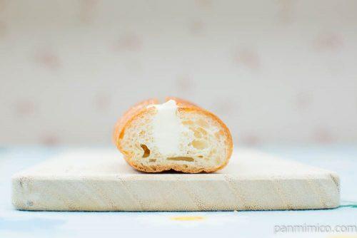 ちぎれるミルクフランス 発酵バター入りクリーム使用【ローソン】断面図