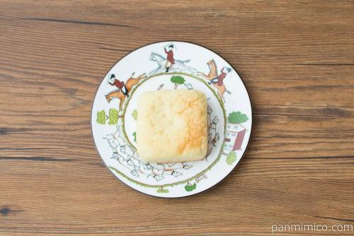 チャーシューメロンパン【ローソン】上から見た図