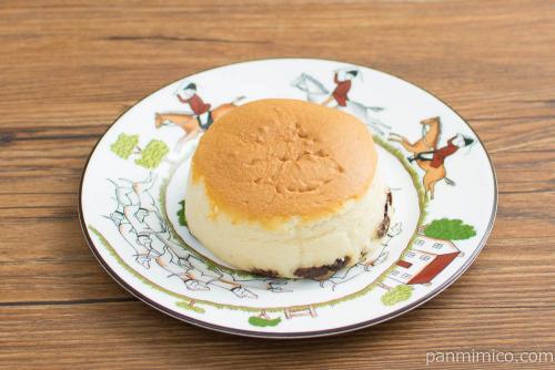 ふわふわチーズケーキ(レーズン入り)【ローソン】横から見た図