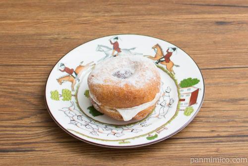 モフリン -もちふわリングドーナツ あんバター-【ローソン】横から見た図