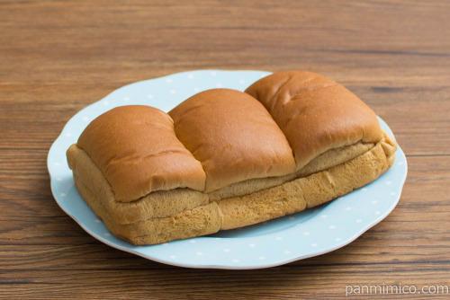 ふんわり黒糖パン【Pasco】斜め