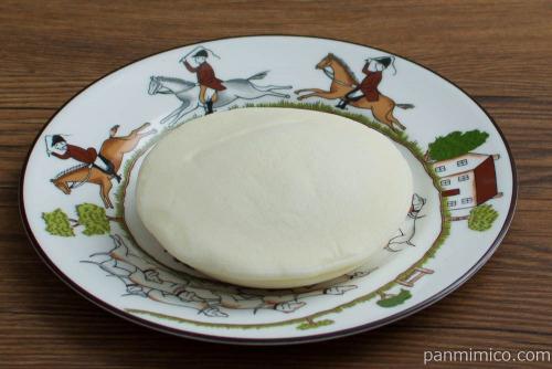 白いパンケーキ(マロン)【ヤマザキ】斜め